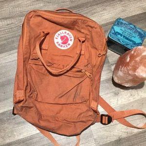 FJALLRAVEN KANKEN Brick Color Backpack